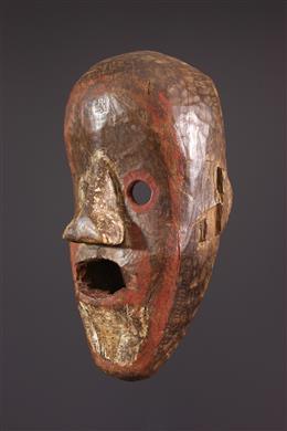 Masque Kumu, Komo Nsembu