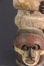 Statues africainesKuba mask