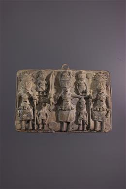 Benin bronze royal plaque