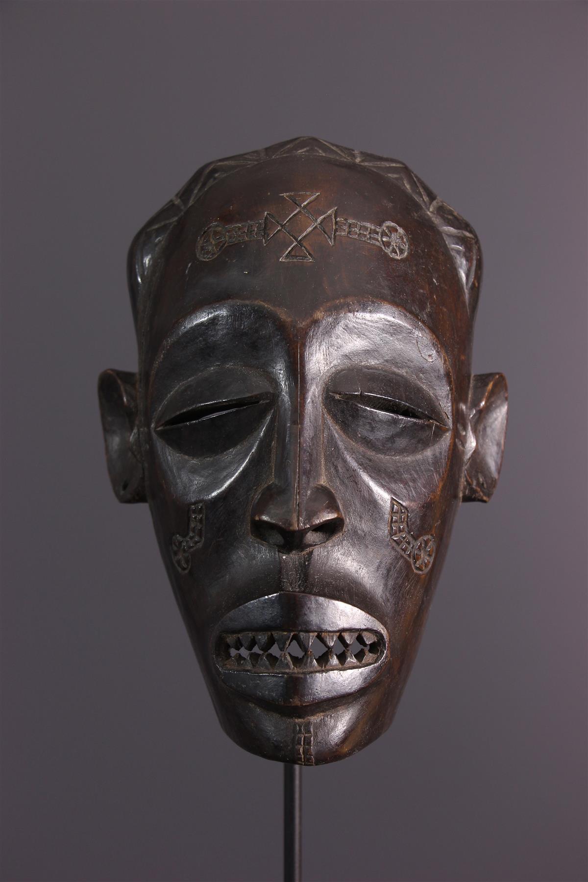 Chokwe Mask - Tribal art