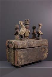 Pots, jarres, callebasses, urnesYoruba box