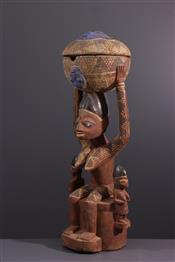 Pots, jarres, callebasses, urnesYoruba statue