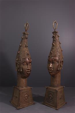 Tribal art - Pair of heads Benin Uhumnwun elao
