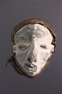 Tribal art - Pende Nsembu Mask