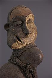 Statues africainesPende statue