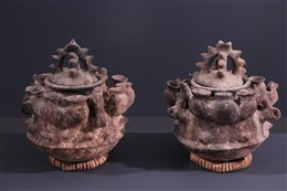 Fon terracota jar pair